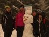 W-drodze-powrotnej-przy-drodze-pojawili_się-śnieżni-strażnicy